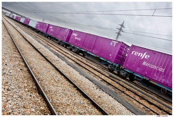 Renfe comienza el tráfico de mercancías por alta velocidad Barcelona-Lyon